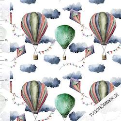 Balloon And Kite - Green