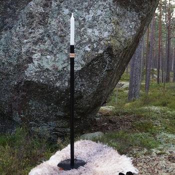 Handgjord Golvljusstake Svart Höge Herr'n 80cm