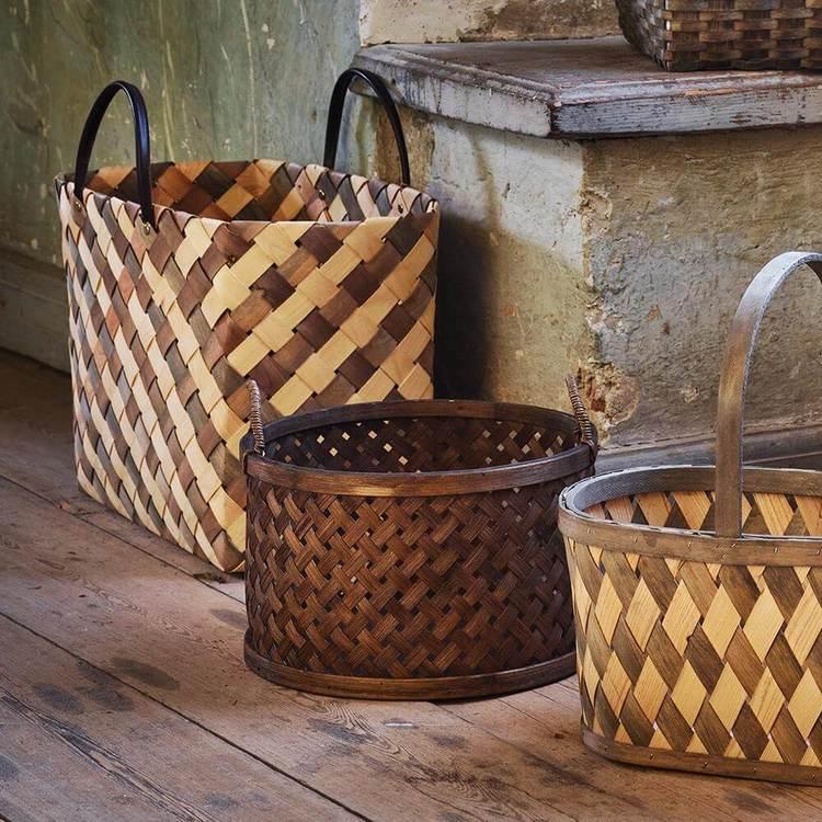 Strömshaga korg väska flätad spån läder natur grå rut produkt