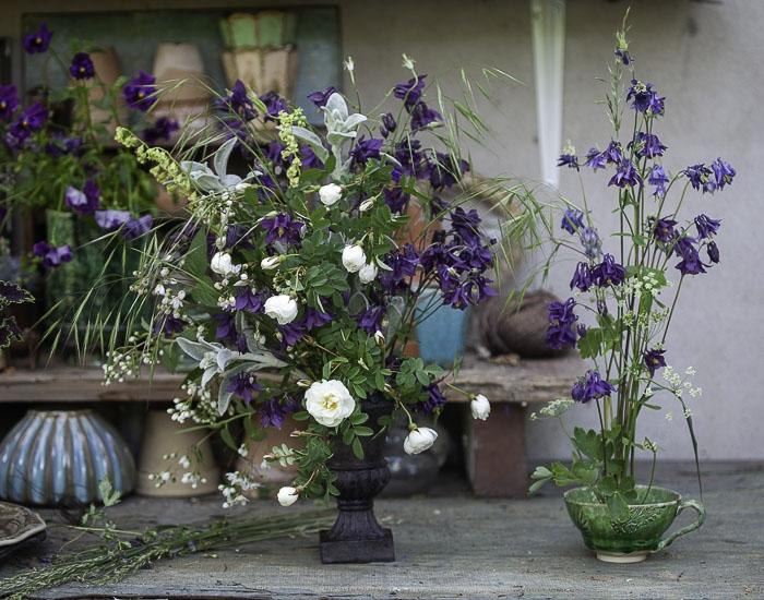 Gör ett arrangemang med hjälp av en liten blomsterfakir