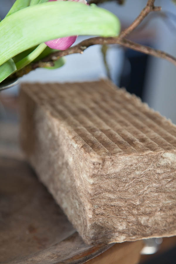 Blomsterverkstad > Agra Wood stickmassa