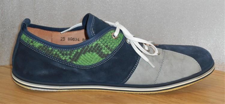 Multifärgad snörsko (grå/blå/grön) fabrikat Think!