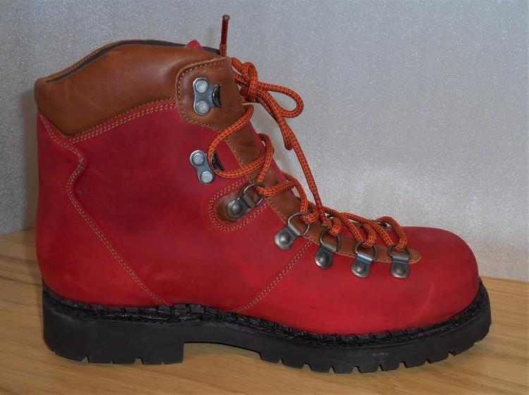 """Röd snörkänga """"pjäxmodell"""" - fabrikat Sancho"""