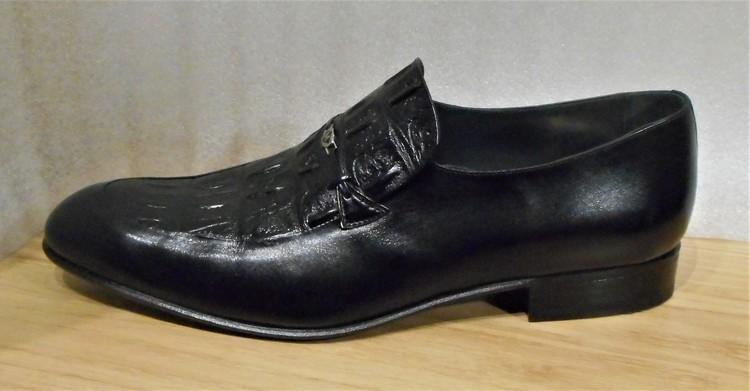 Svart loafer med reptilmönstrad ovandel - fabrikat Mister