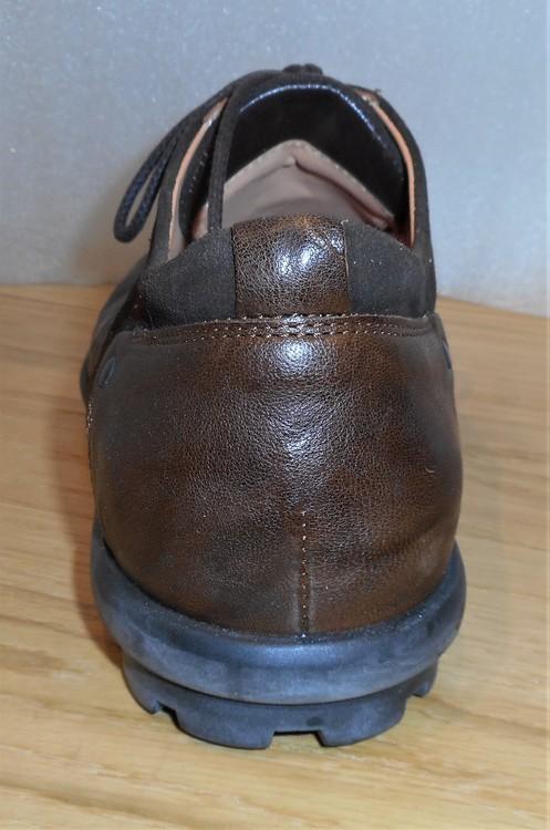 Mörkbrun snörsko med grov sula - fabrikat Think!