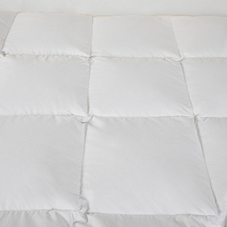 Lyxigt Duntäcke - 90% anddun - 150x210cm - 280TC - 600g