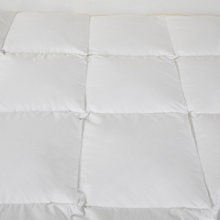 Prisvärt Duntäcke - 150x210cm - 233TC - 10% dun - 1100g