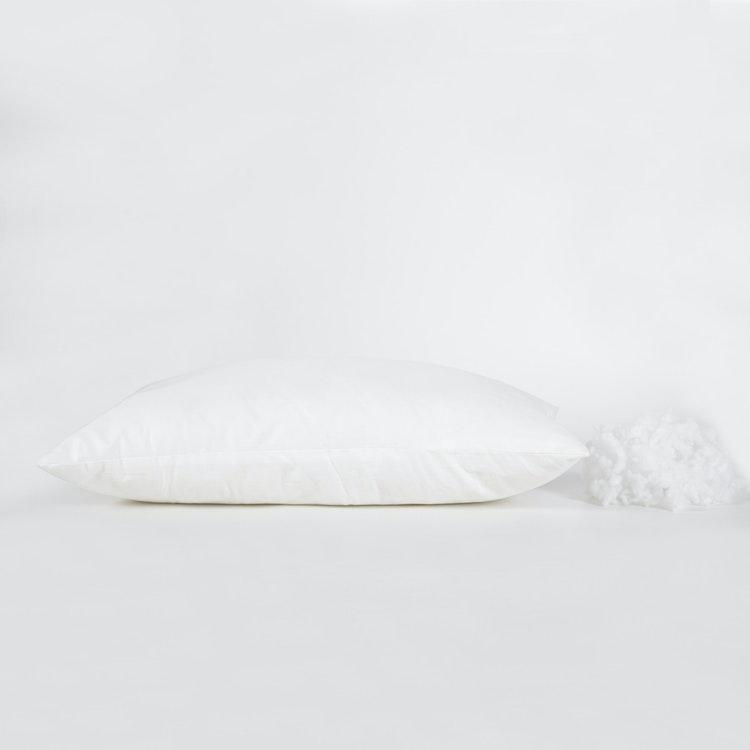 Barnkudde / Babykudde - 35x55 cm - Bollfiber - 250g - Bomullscambric - Vit
