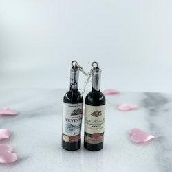 Svarta Vinflaskor