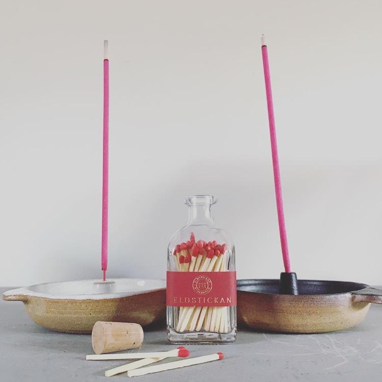 Ros Rökelse Presentlåda, inspirerad av naturen, rena rökelsepinnar av naturliga oljor