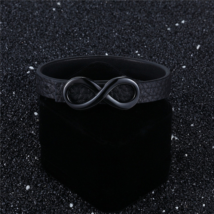 Infinity Leather black