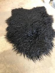 Isländskt fårskinn svart