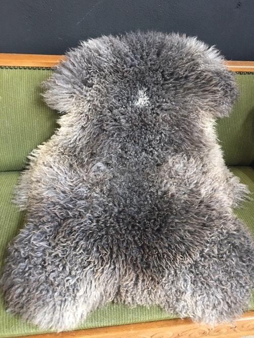 Gotländskt långhårigt fårskinn