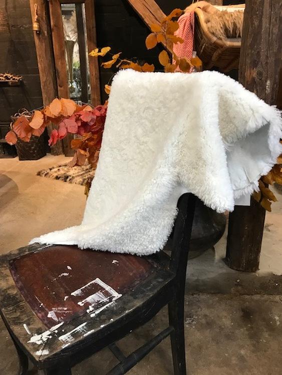 australiensiskt vit fårskinn