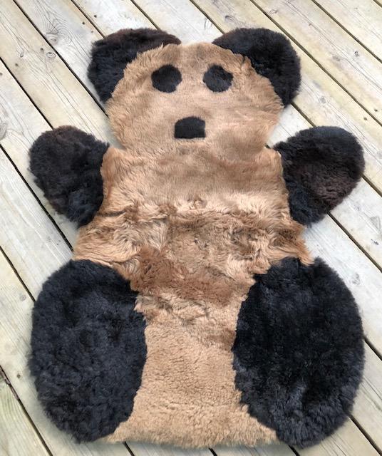 Pandamatta i  fårskinn-brun