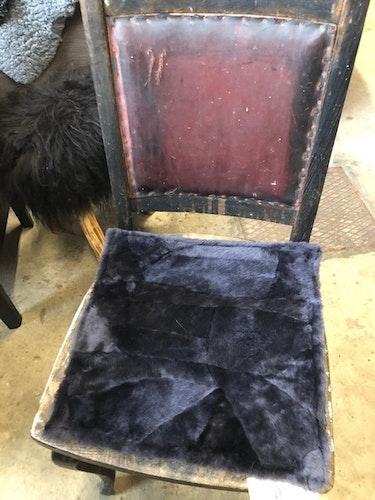 Sittdyna i fårskinn-grå