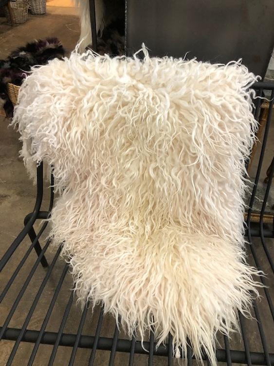 Isländskt fårskinn -vitt, krullig