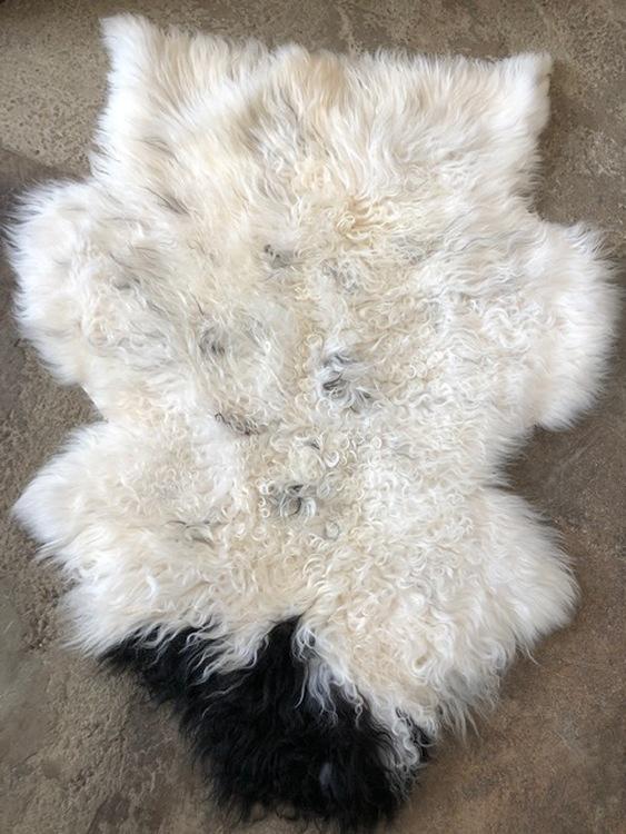 Isländskt fårskinn - krullig