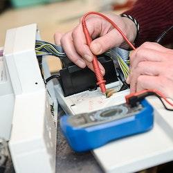 Service av symaskiner