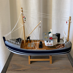 Fiskebåt i trä