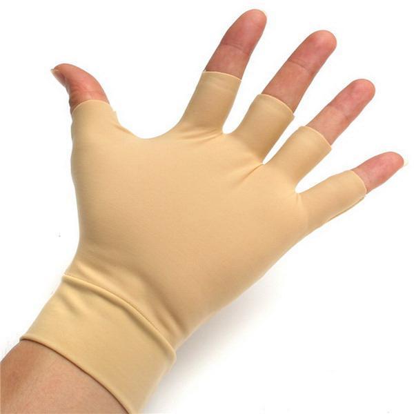 Handske mot stelhet kalla händer och smärta