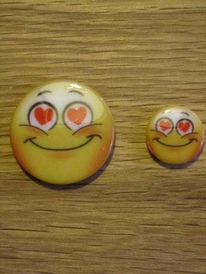 Knapp Hjärta Smiley 9299