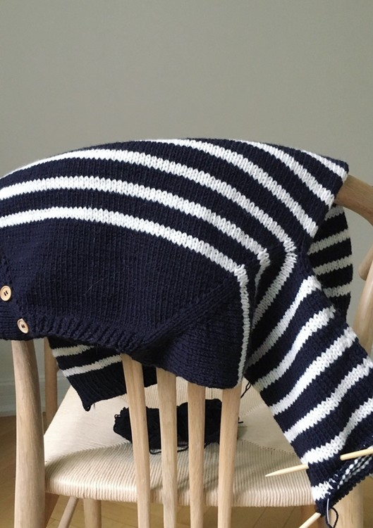 PetiteKnit - Mönster Seaside Sweater Junior