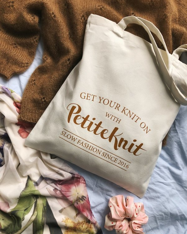 PetiteKnit GET YOUR KNIT ON-tote bag