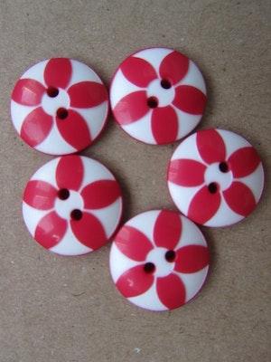 Röd och vit knapp med blomma - 15 mm