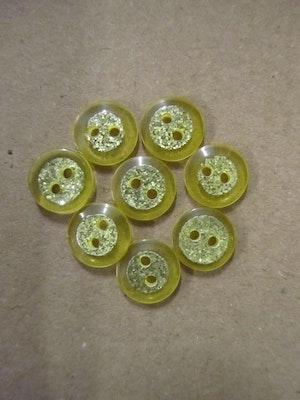 Gul knapp med glitter - 12 mm