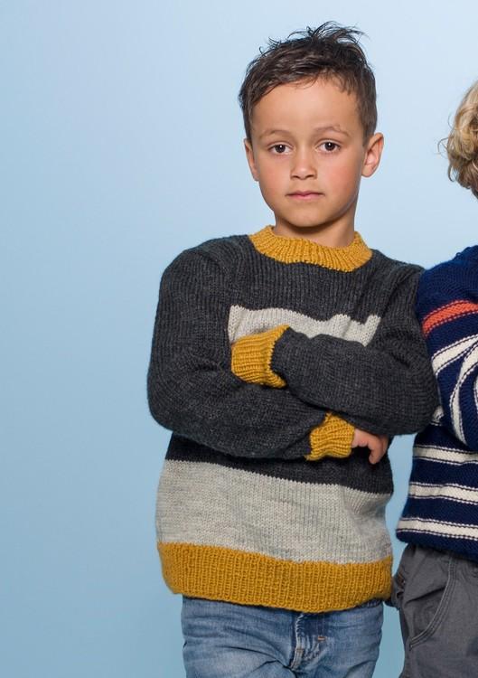 Hefte 1312 Nr. 16 Grå genser med striper