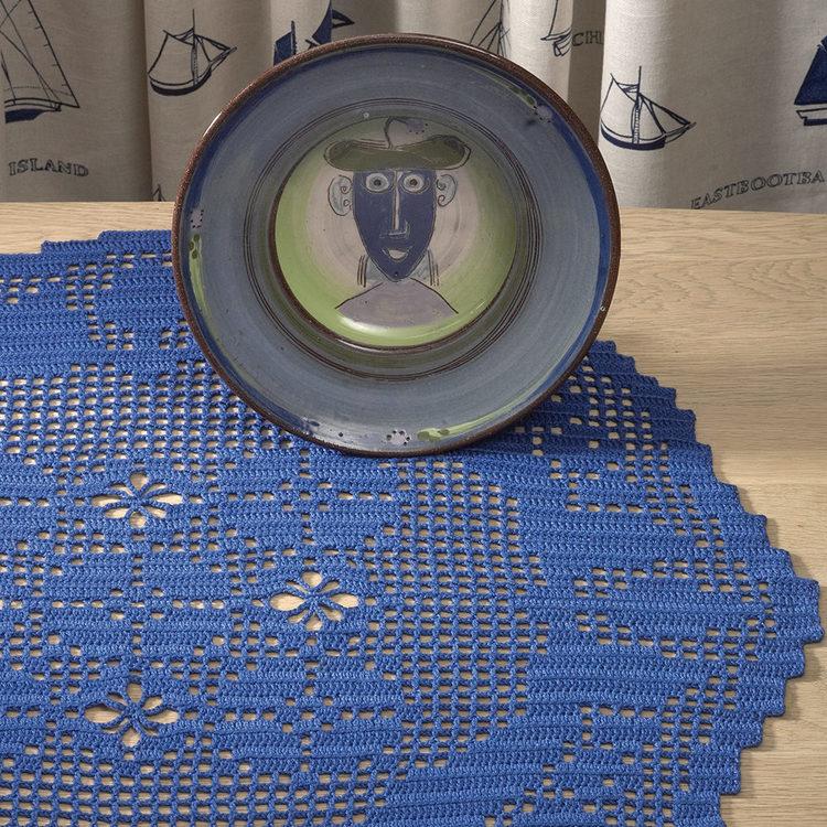 Solberg - Virkhäfte nr 50 Oval duk i filethekling