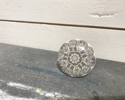 Knopp gråblomma