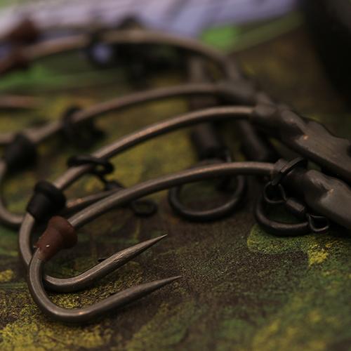 Gardner Curved Rigga Hooks (CVR) BARBLESS