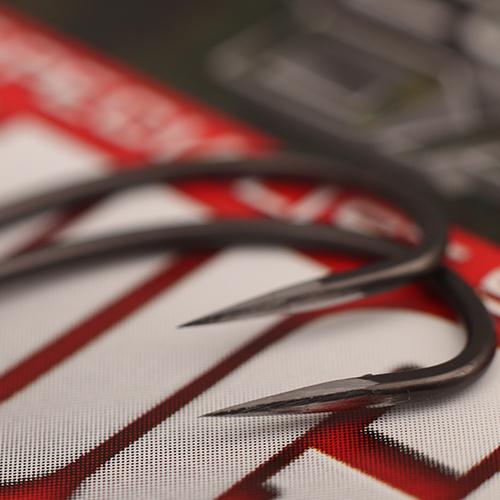 Gardner Specialist Sharpened Covert Dark Mugga Hooks