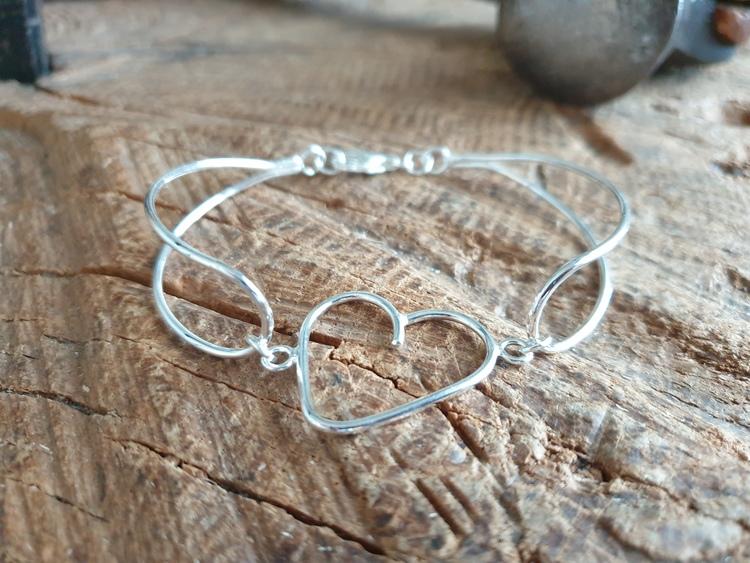"""silverarmband  med hjärta """"luftigt"""""""