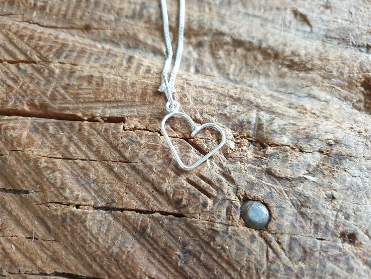 silverhalsband litet hjärta