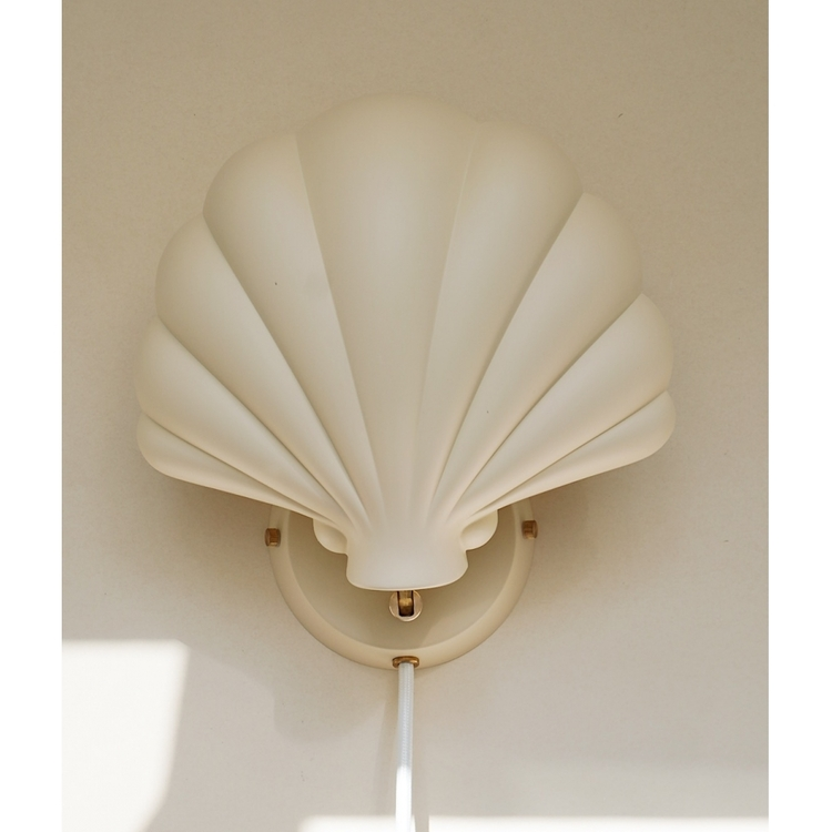 Shell metal wall lampa - Konges Slöjd