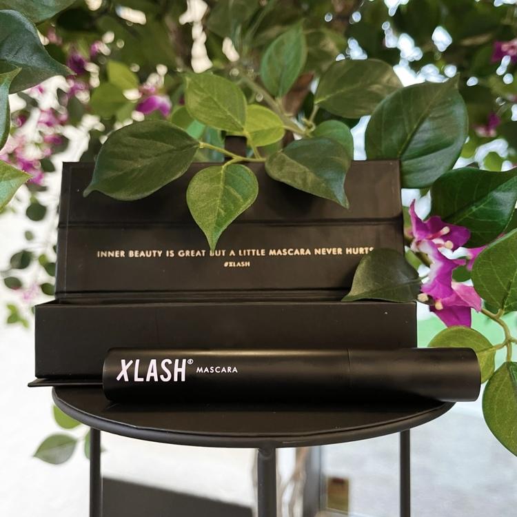 X- lash mascara
