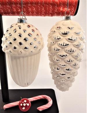 Juldekoration hänge, ekollon och grankotte