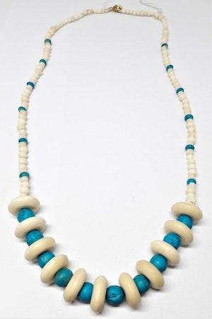 Halsband med rundlar och kulor i blå ton