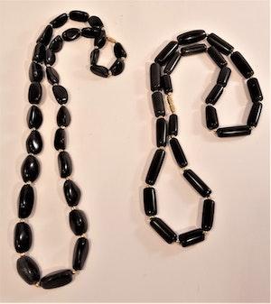 Kopia Halsband av svart Agat, rundade trekantiga stenar - 64 cm