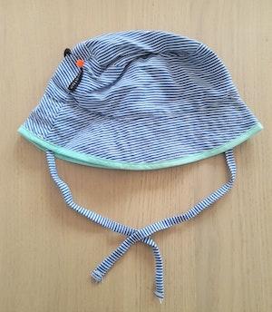 Ziestha sommarhatt Mini för barn, blå/vit-randig, storlek Small