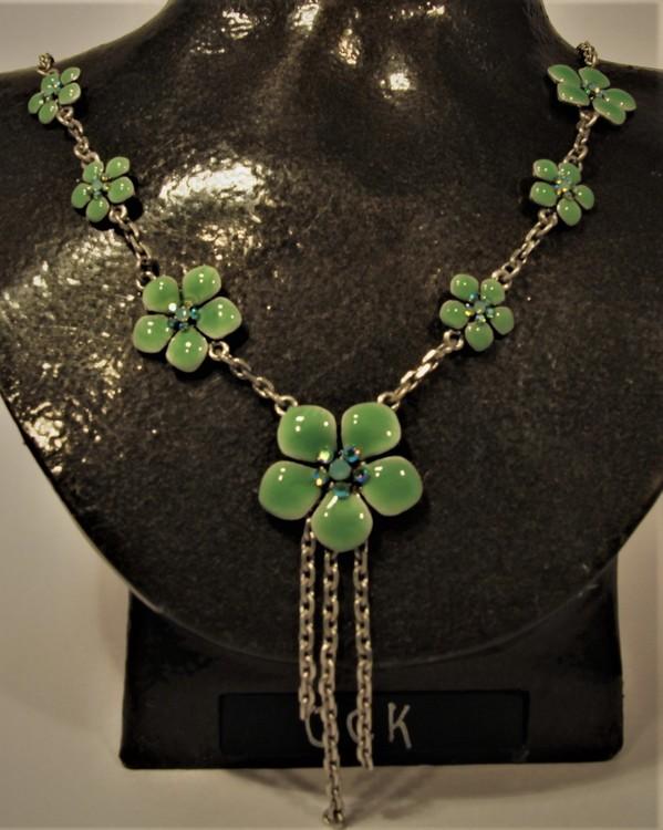 Halsband med Detaljer av Blommor Grön