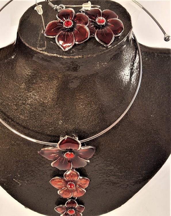 Set stelt halsband med örhänge i rött