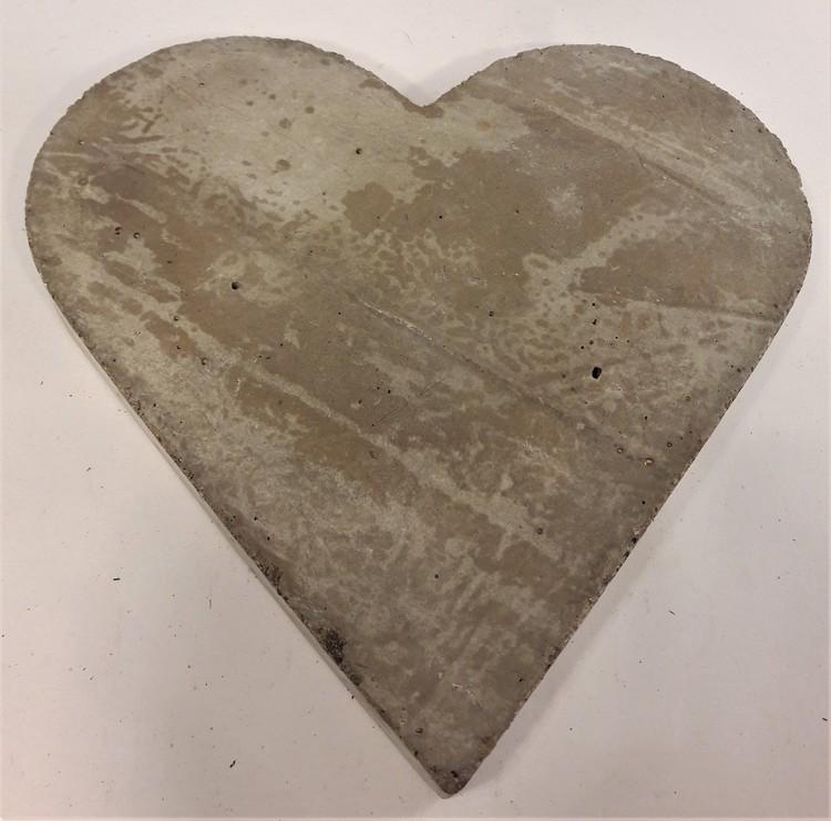 Hjärta i betong, platt