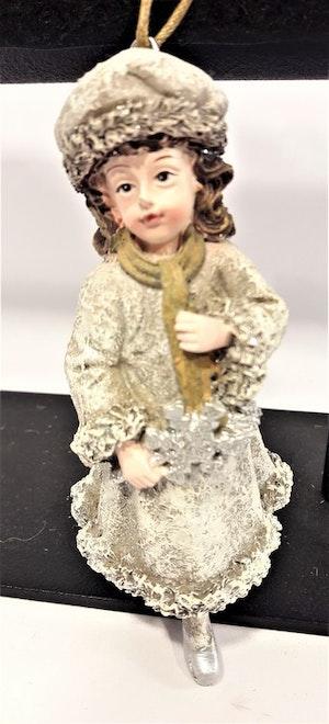 Prydnadsfigur att hänga, söt flicka med snöflinga. Detaljfull och dekorativ. Med snöre