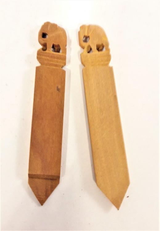 Bokmärke snidat i sandelträn med elefantmotiv, 2-pack