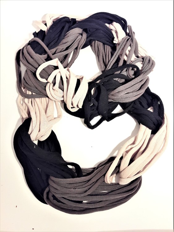Scarf svart-beige-grå