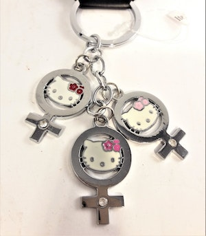 Nyckelring med Hello Kitty-motiv, 3 berlocker